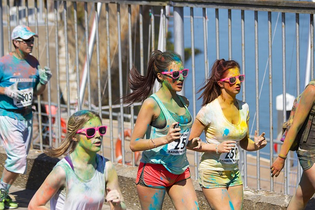 color-run-698417_640.jpg (108 KB)